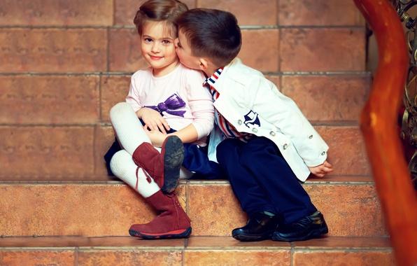 Picture children, tenderness, kiss, boy, girl, girl, friends, kiss, boy, friends, children