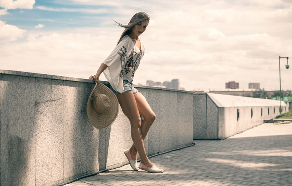 Picture summer, girl, shorts, hat, legs