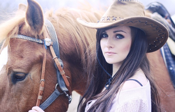 Picture horse, hat, Brunette, beautiful eyes.