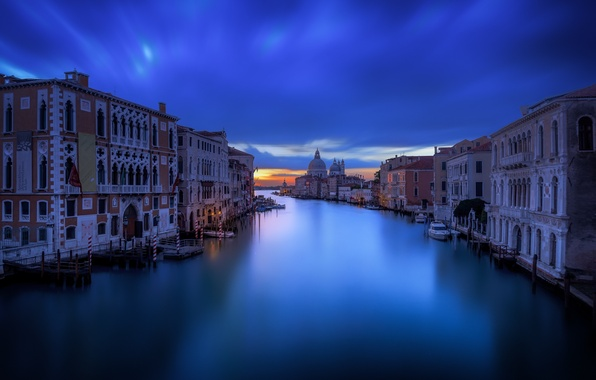 Picture the sky, clouds, calm, Venice, channel, photographer, evening, Guerel Sahin