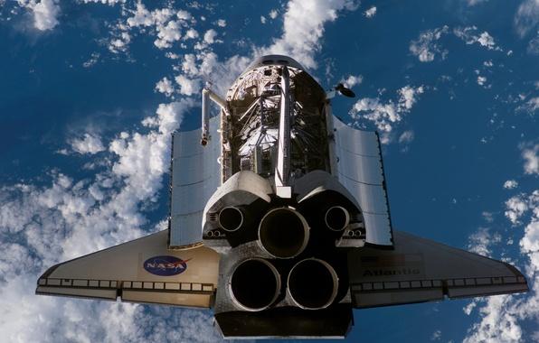 Picture clouds, Shuttle, nozzles