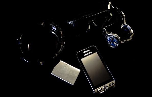 Picture watch, Zippo, lighter, glasses, phone, ashtray, Samsung, Swatch