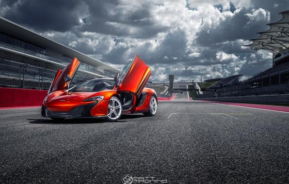 Picture supercar, track, McLaren 650S