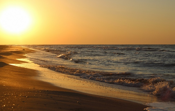 Picture sand, sea, wave, beach, the sun, the ocean, shore, coast, horizon, surf, breeze, splash