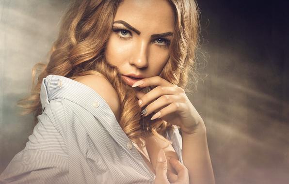 Picture look, portrait, makeup, Alina, manicure