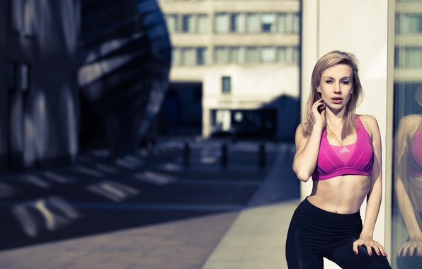 Picture girl, face, street, hair, figure, sports