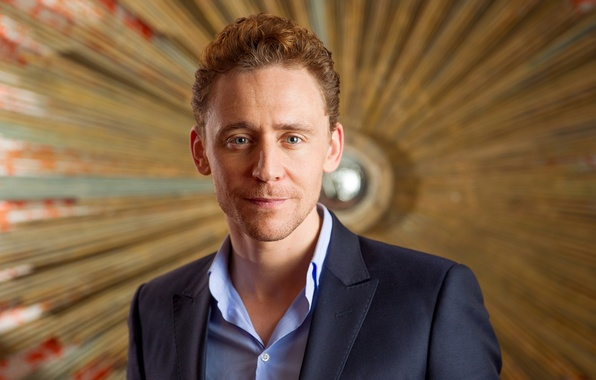 Picture look, face, smile, costume, actor, male, Tom Hiddleston, Tom Hiddleston