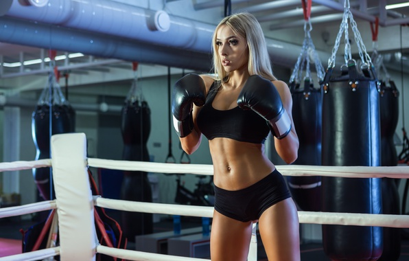 Picture boxing, blonde, boxing gloves, on guard