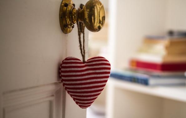 Picture mood, heart, the door