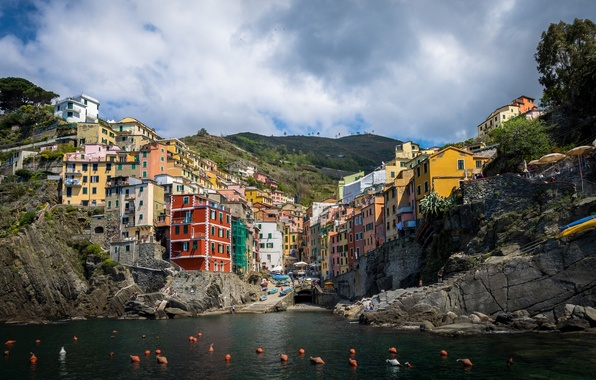 Picture sea, coast, building, Italy, Italy, The Ligurian sea, Riomaggiore, buoys, Riomaggiore, Cinque Terre, Cinque Terre, ...