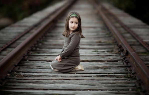 Picture road, girls, street, rails, brunette, girl, bezel, Aurelia