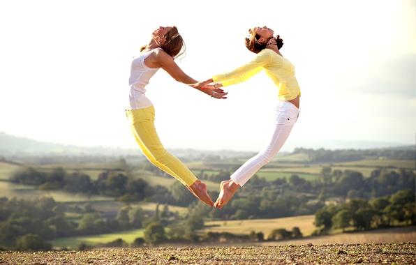 Picture landscape, girls, jump, heart, grace, form, The Heart Jump