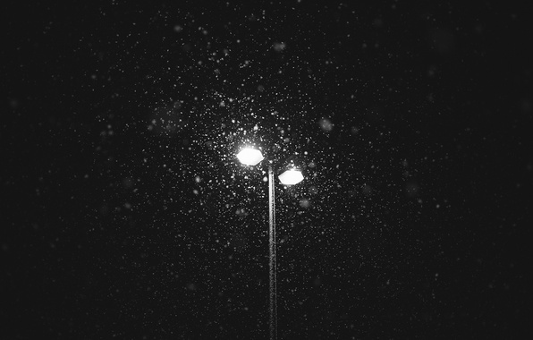 Picture lights, winter, snowing, lamp post