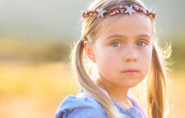 Picture portrait, girl, child, tails