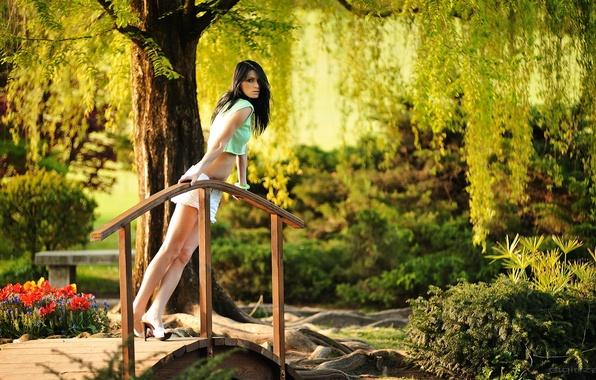 Picture girl, shorts, legs, the bridge, photographer, Giovanni Zacche