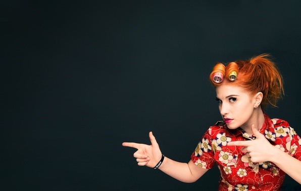 Picture red, celebrity, Hayley Williams, curler