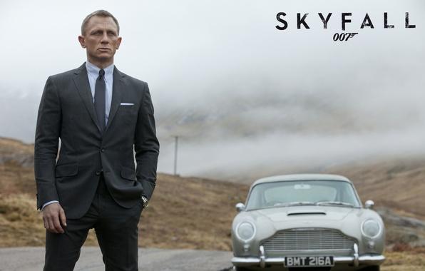 "Picture Aston Martin, Daniel Craig, 007, Aston Martin, agent, James Bond, Bond, 007: Coordinates ""Skayfoll"", DB5, …"