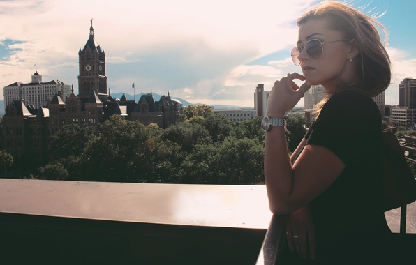 Picture girl, face, the city, view, glasses