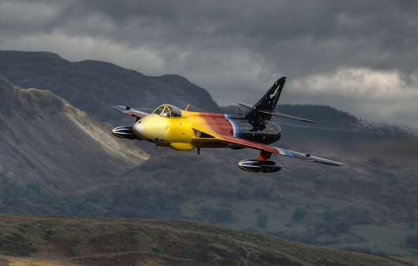 Picture weapons, the plane, Hawker Hunter