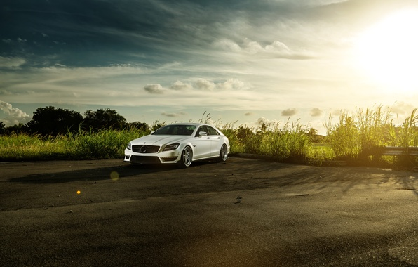 Picture white, the sky, the sun, Mercedes-Benz, before, white, Blik, front, Mercedes Benz, CLS-class, CLS 63