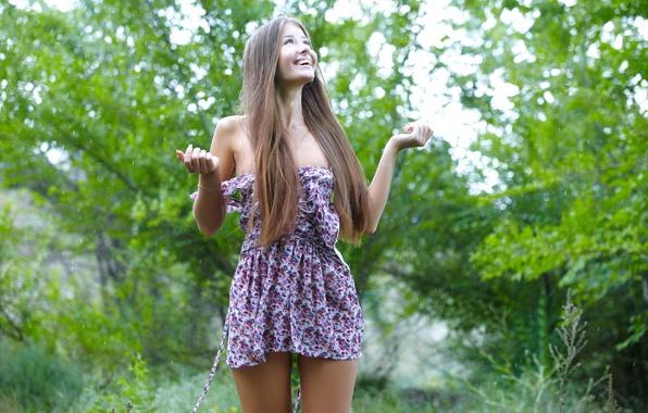 Picture forest, summer, girl, drops, joy, smile, rain, dress, brown hair, jasmine