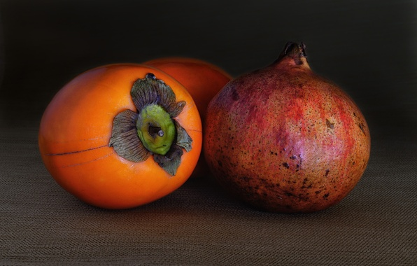Picture macro, the fruit, garnet, persimmon