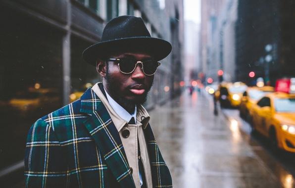 Picture street, lights, hat, glasses, lips, taxi, male, beard, coat, bokeh
