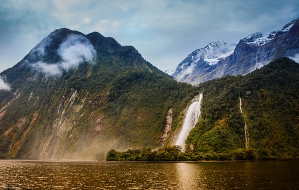 Picture mountains, New Zealand, New Zealand, the fjord, Milford Sound, Milford Sound, Bowen River, Lady Bowen …