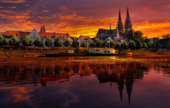 Picture the sky, clouds, landscape, sunset, reflection, river, boat, ship, home, Cathedral, Germany, regensburg