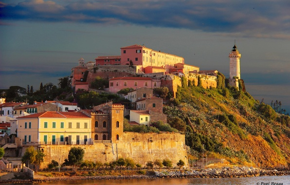 Picture the city, photo, lighthouse, island, home, Italy, Toscana, Portoferraio