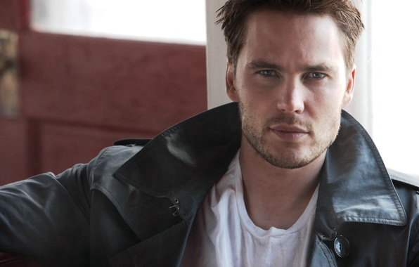 Picture look, face, jacket, t-shirt, actor, male, guy, Taylor Kitsch, Taylor Kitsch