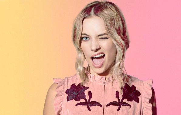 Picture face, background, photoshop, makeup, dress, actress, hairstyle, blonde, grimace, Margot Robbie, Margot Robbie, Saturday Night …