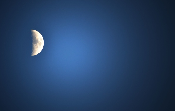 Picture the sky, blue, the moon, silver