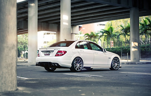 Picture Mercedes-Benz, Mercedes, Power, Bridge, AMG, White, Street, Tuning, Road, C63, Sedan, Wheels, Palm