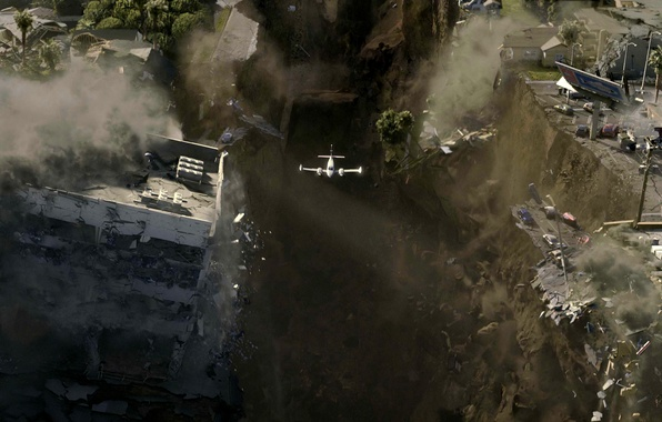 Picture the city, the plane, destruction, disaster, 2012