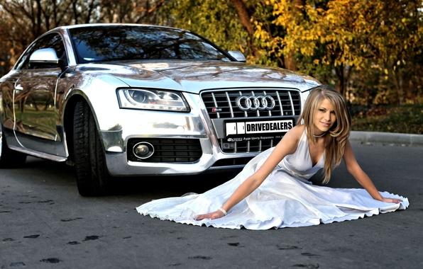 Picture machine, auto, autumn, girl, audi, white, foliage, dress, blonde, beauty, beautiful, sitting, chrome, brilliant