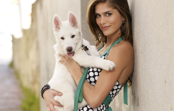 Picture look, girl, smile, house, wall, street, hair, dog, dress, puppy, bracelet, beautiful, earrings, Anahi Gonzales