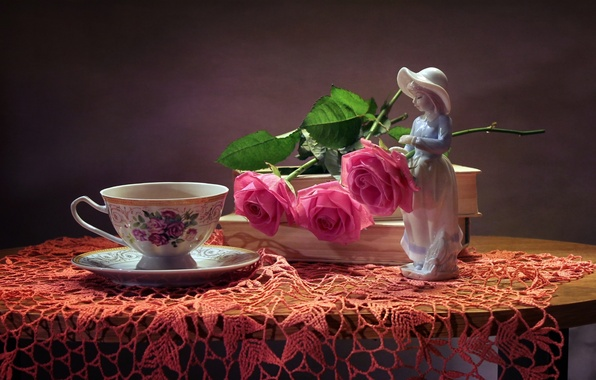 Picture roses, girl, Cup, figurine, still life, napkin