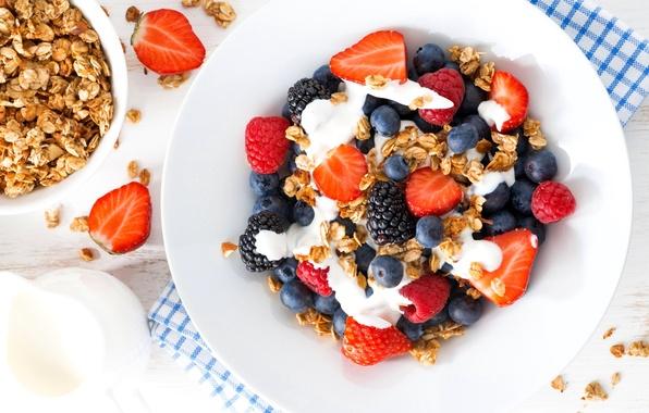 Picture berries, raspberry, strawberry, BlackBerry, blueberries, yogurt, granola