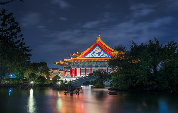 Picture the sky, clouds, trees, night, pond, the building, garden, lighting, Taiwan, architecture, the bridge, blue, ...