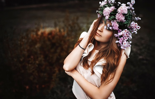 Picture look, nature, portrait, wreath, Xenia