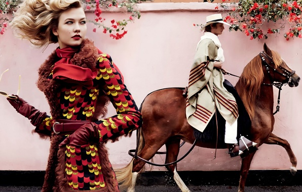 Picture horse, rider, Mexican, Vogue, Karlie Kloss, June 2014