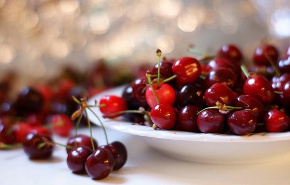 Picture macro, cherry, berries