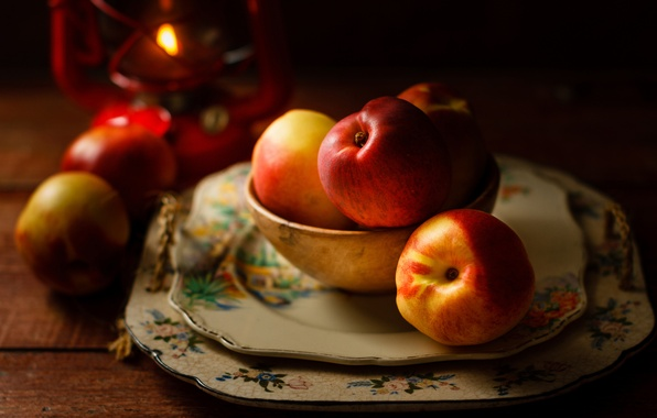 Picture candle, plates, dishes, fruit, nectarine
