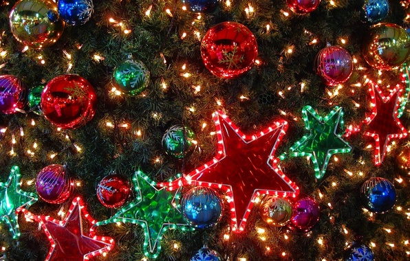 Picture stars, lights, balls, toys, tree, garland