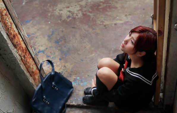 Picture girl, face, sadness, bag, Asian, sitting