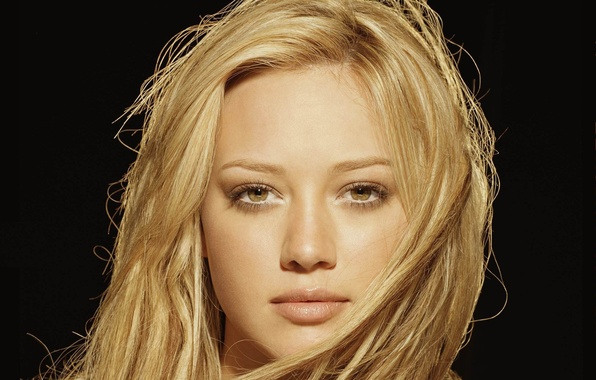 Picture look, girl, face, actress, blonde, lips, black background, Hilary Duff, brown eyes