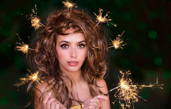 Picture portrait, makeup, hairstyle, sparklers, it's just a holiday for you
