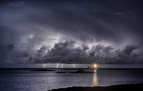 Picture sea, the storm, night, clouds, lighthouse