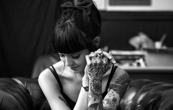 Picture girl, woman, model, tattoo, brunette, black and white, tattoos, female, b/w, Hannah Snowdon